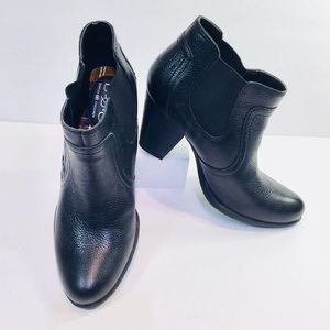 BOC Black Leather Ankle Boots